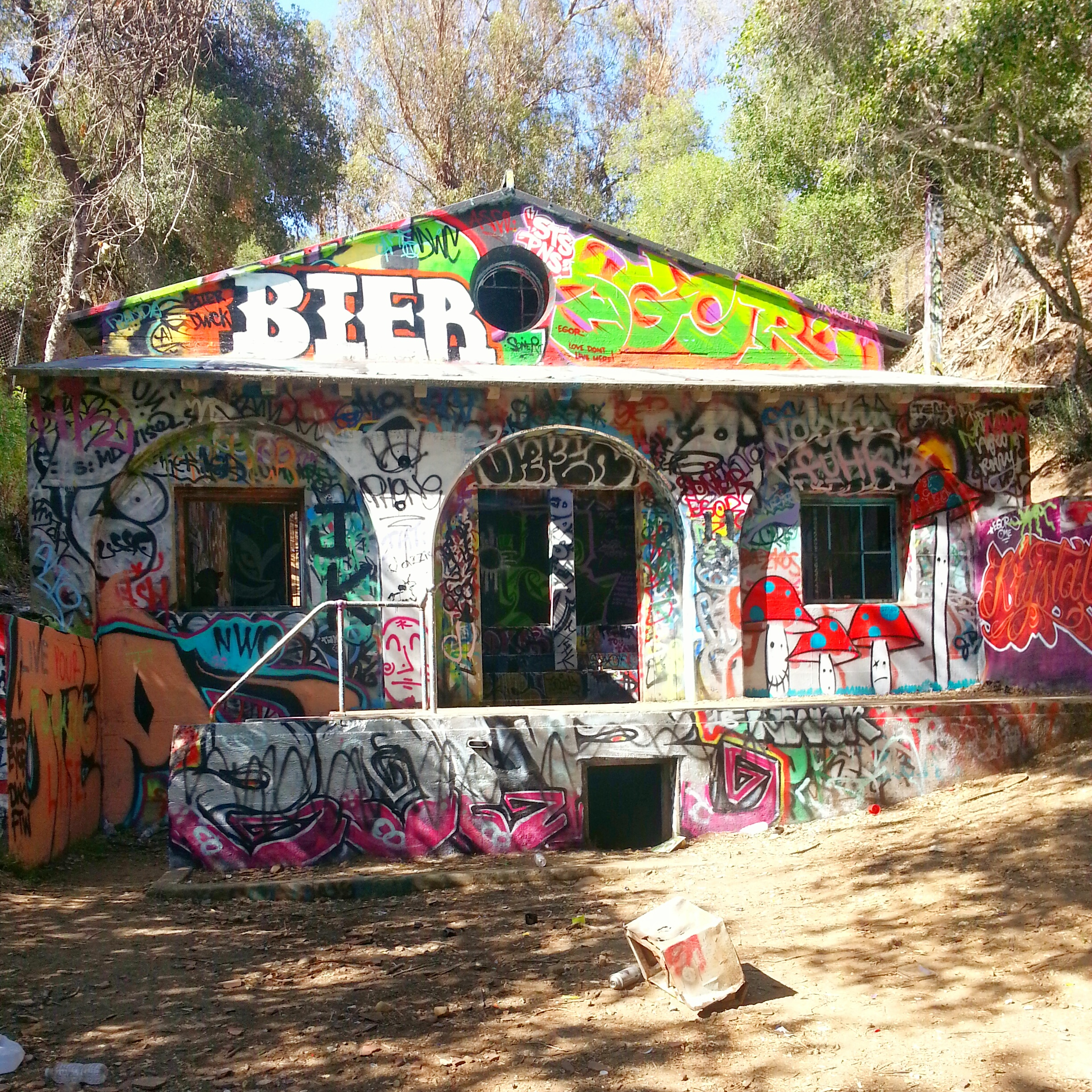 Murphy's Ranch- Abandoned Nazi Compound In Los Angeles